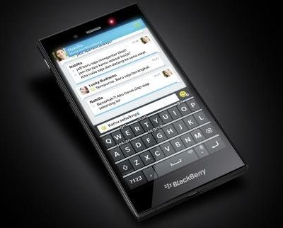 338938897_w640_h640_blackberry_z3_solo